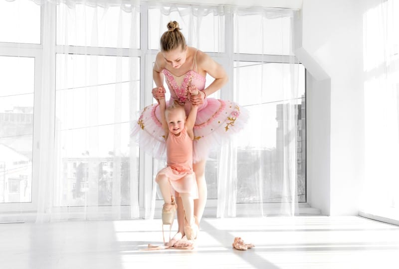 How Old Should My Child Begin Ballet Classes