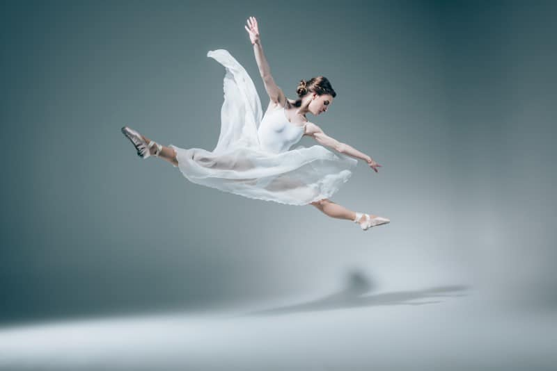 Do Ballerinas Wear Bras
